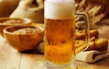 Beer care. Four homemade treatments made with beer